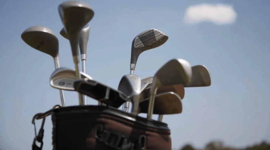How Many Putters Are Allowed In A Golf Bag